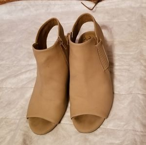 Open Toe Natural Ladies Shoes with heel